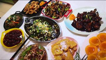 大年三十的午饭,看看我家做的菜,荤素搭配,一家三口吃美了-《爱做饭的玲子》