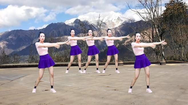 尤连广场舞听心-唯美的舞姿