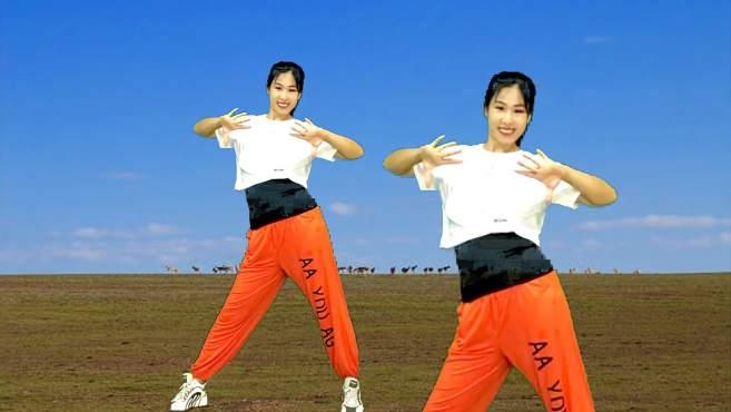 阿采广场舞天蓝蓝-看完就学会,还跳出好身材
